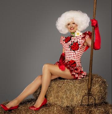Dolly rockt op nummer van Waylon [video]
