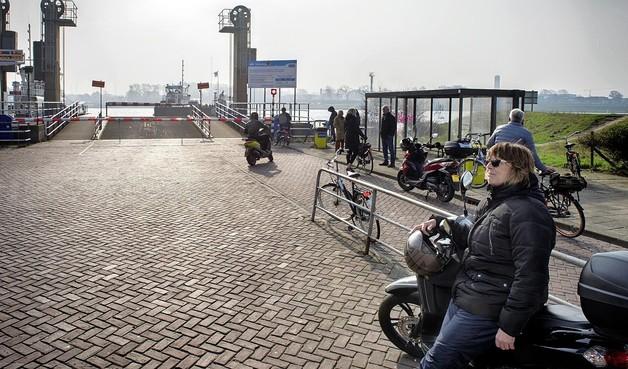 Wethouder van Velsen: 'Wet van Murphy rond de spitspont, superjammer'