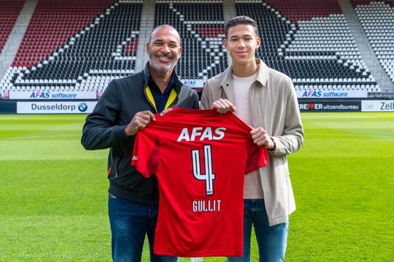 Ruud Gullit ziet Gullit jr. bij AZ zijn eerste contract tekenen