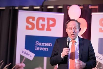 Voorzitter SGP stapt op na wachtgelddiscussie