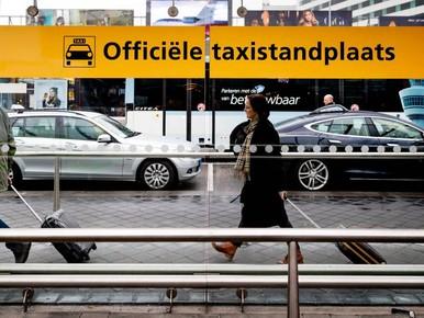 Verbod taxironselaars Schiphol houdt stand