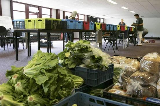 Subsidie voor beoordelen wie in aanmerking komt voor voedselpakket Voedselbank geschrapt. Voorzitter Helderse voedselbank is stomverbaasd.