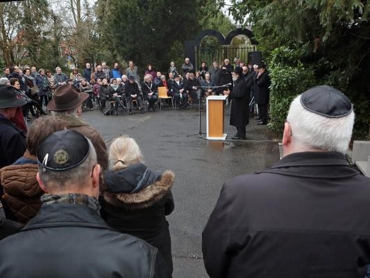 Honderd mensen bij Hilversumse herdenking Februaristaking