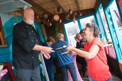 Haring op de haringparty? In IJmuiden doen ze het ook met Pieterman, mul en makreel