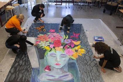 Voorproefje van 3D street art-spektakel in Den Helder bij Lyceum aan Zee, met Amerikaanse kunstenaar als regisseur [video]