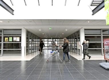 'Winkelcentra samenvoegen'