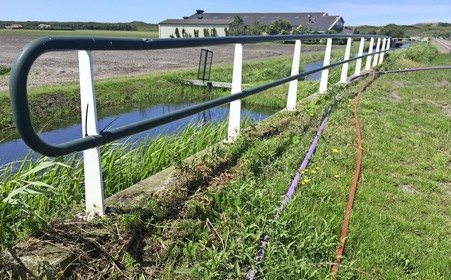 Glasvezeloorlog: concurrent opent net gedichte sleuf voor eigen kabel