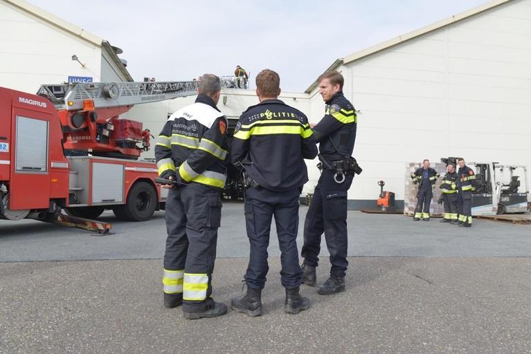 Pand van Frigo in Nieuw-Vennep ontruimd wegens rookontwikkeling
