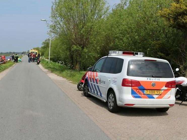 Scooterrijders en fietser gewond bij inhaalactie in Hillegom