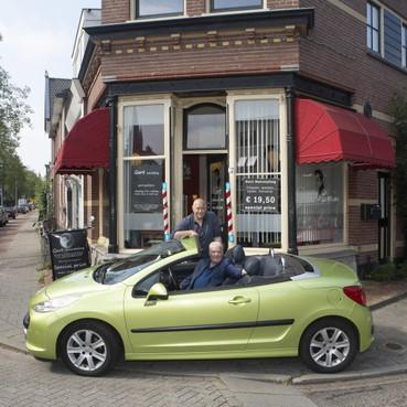 Het cabrio-interview: 'Showbizzkapper' Gert van de Wetering: 'Mijn familie is mijn rijkdom'