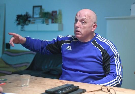 Ben de Visser (59), bezig aan zijn negende en laatste seizoen als trainer van zondagderdeklasser JVC uit Julianadorp, wil een mooie periode in stijl afsluiten