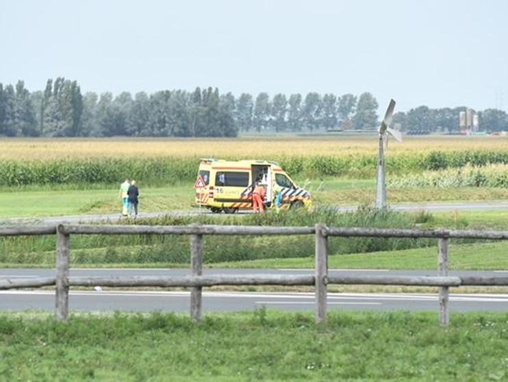 Traumaheli geland voor zwaargewonde fietser in Alphen aan den Rijn