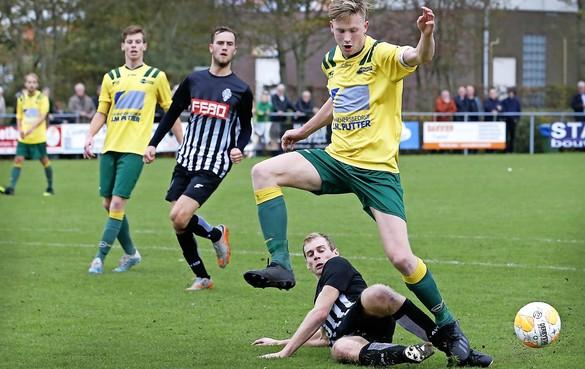 FC Uitgeest verslaat in de slotminuut Amsterdamse 'poenploeg' van SDZ