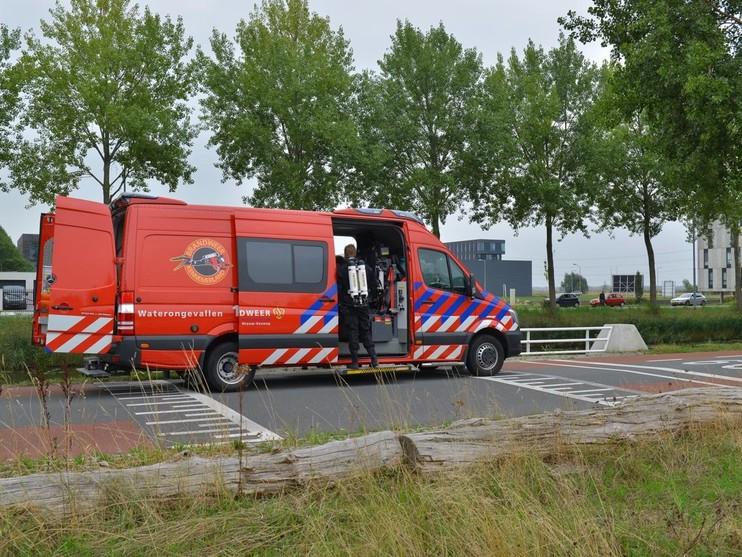 Overleden persoon gevonden in water langs Hoofdweg in Nieuw-Vennep