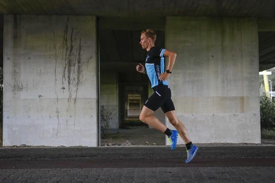 Jeffrey van der Park is in 'zijn' Kwartje Triatlon hardloper die zwemmen zal missen