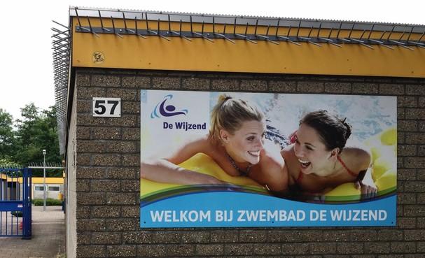 Zomers weer op komst, maar Zwembad De Wijzend kan niet langer open