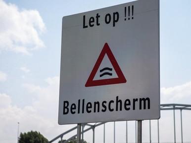 Bellenschermen in IJmuiden tegen verzilting Noordzeekanaal