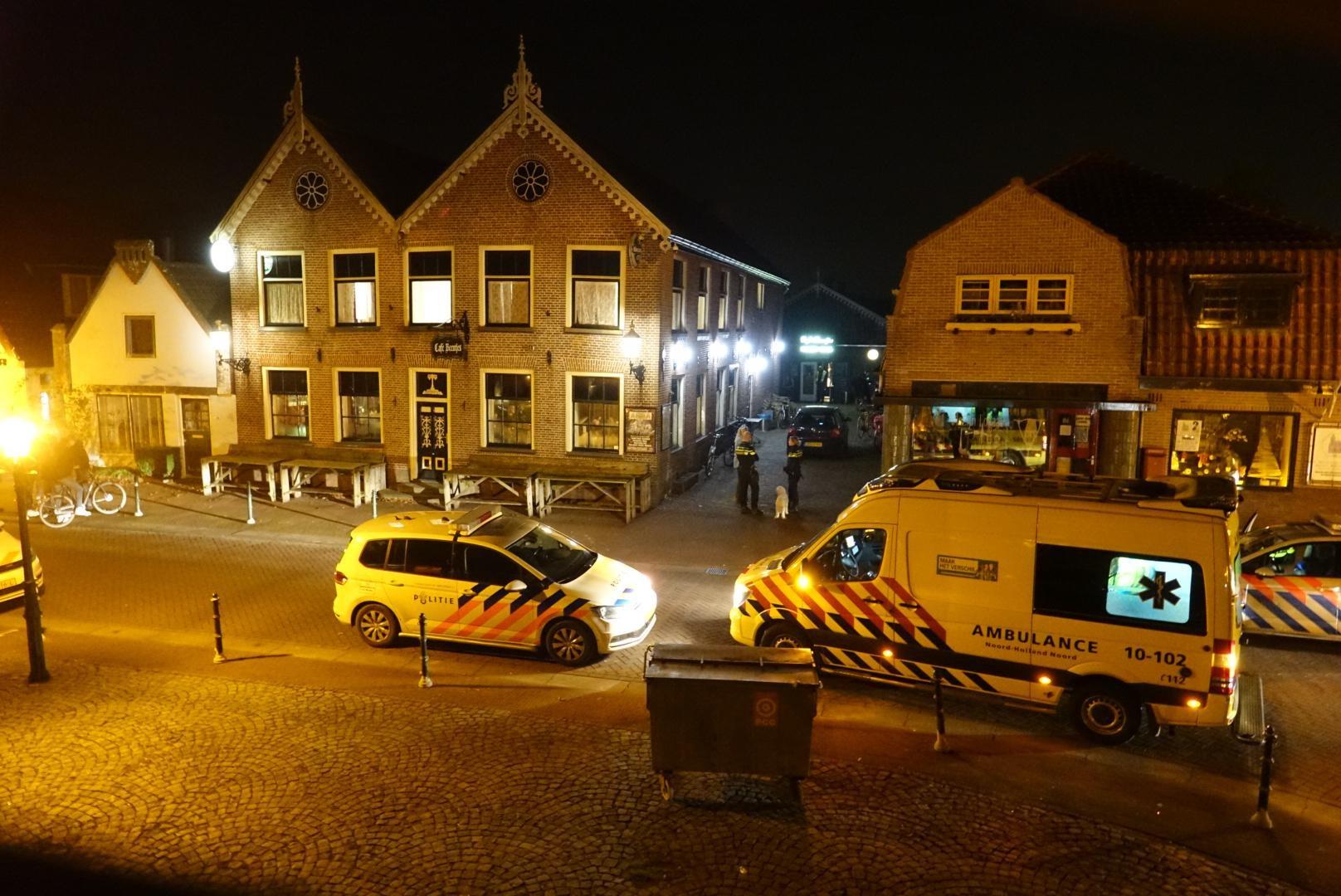 Man gestoken bij café in Dorpsstraat Winkel - Noordhollands Dagblad