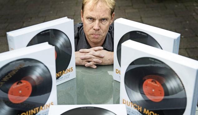 Beinsdorper schrijft 'tegel' over Nederlandse muziekindustrie