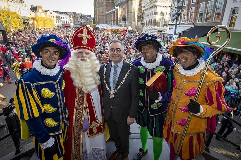 Sinterklaas aangekomen in Haarlem