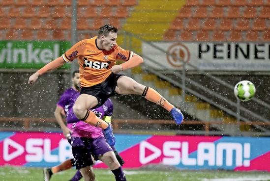 FC Volendam: Stroo en Ten Den ontbinden, Murkin tekent