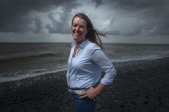 Wieringerwervers Marian Bijl en Richard Ippel stimuleren elkaar richting monsterlijke zwemtocht tussen Den Helder en Texel
