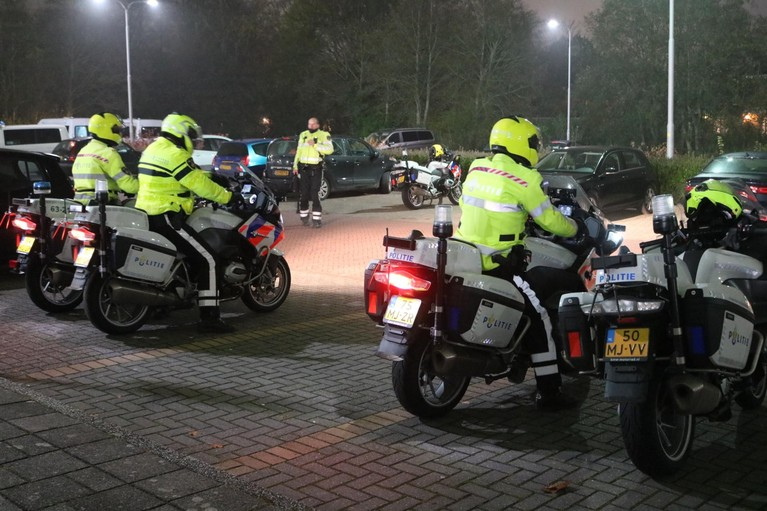Bestuurder onder invloed veroorzaakt ongeval tijdens grote verkeerscontrole in Sassenheim en slaat op de vlucht
