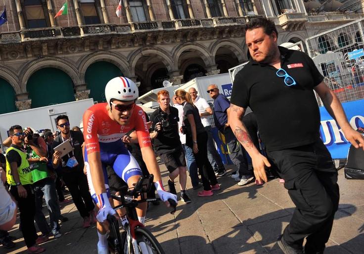 Dumoulin wint Giro op slotdag: eerste Nederlandse winnaar