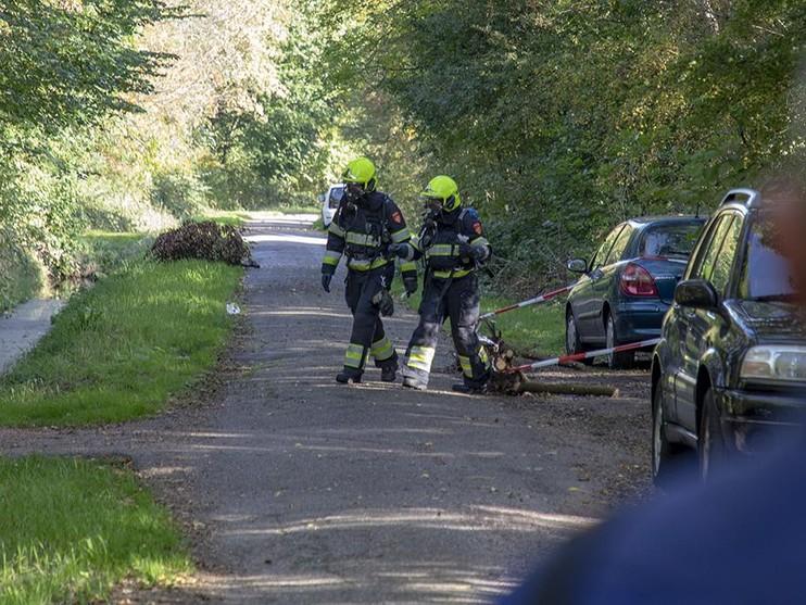 Onderzoek naar onbekende vloeistof in Velsen-Noord