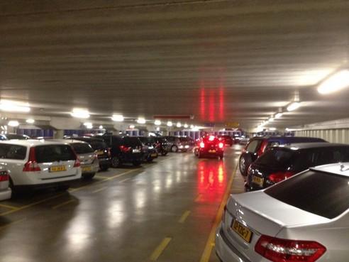 Ondergronds parkeren bij supermarkt Broek in Waterland