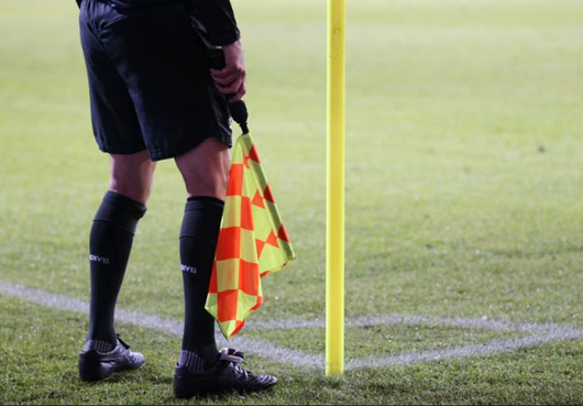 Ter Leede faalt tegen tien man van Ajax (am)