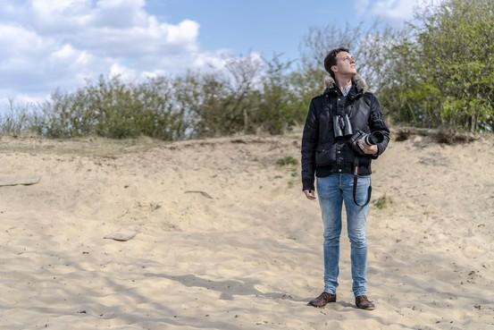 Vogelaars worden steeds jonger, merkt Katwijker Gijsbert Twigt (23)