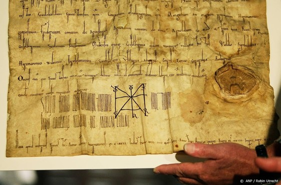 150.000 middeleeuwse oorkonden beschikbaar