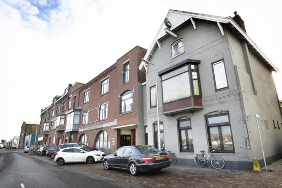 Seksclub in voormalige tapasbar IJmuiden, gemeente zorgt voor voldoende parkeerplaatsen