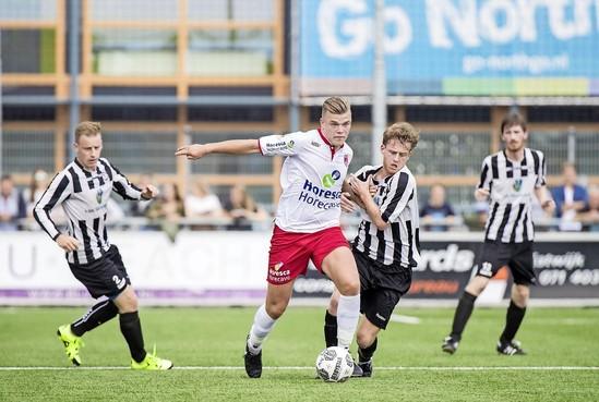 Noordwijkse voetbalclubs gezamenlijk gehuldigd