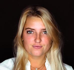 'Over de doden': Anne-Bo Raasveld, een leven vol vrolijkheid in de kiem gesmoord