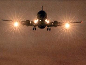Advies aan minister: stop met nachtvluchten Schiphol