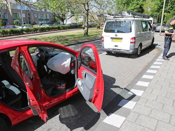 Gewonde bij ongeluk met drie auto's in Heemstede