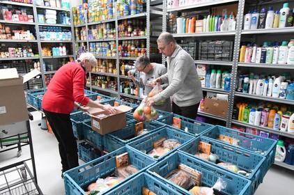 Nog maar 125 kratten per week bij voedselbank Noordkop
