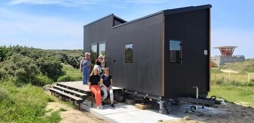Tiny houses bij strand IJmuiden als voorloper op kustdorp