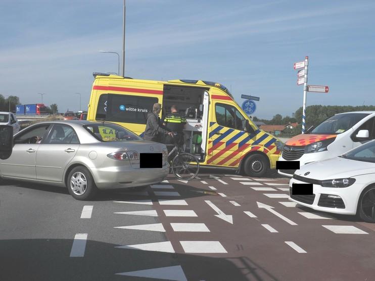 Twee ongevallen kort na elkaar op zelfde weg in Velserbroek