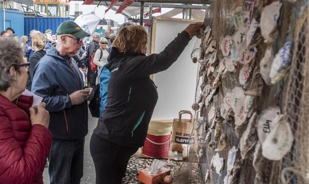 Vissenloop IJmuiden levert 60.000 euro op voor kankerbestrijding [video]