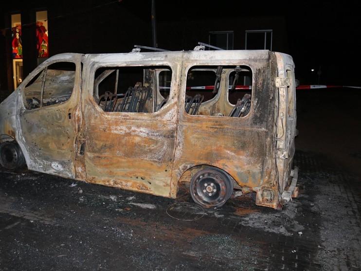 Onderzoek naar volledig uitgebrande bestelbus van zorginstelling in Noordwijk