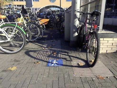 Het wordt zoeken naar 'foute fiets' bij station Hilversum