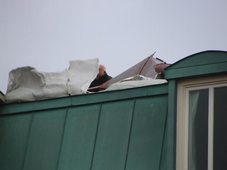 Dakbedekking van Palace Hotel in Noordwijk afgewaaid