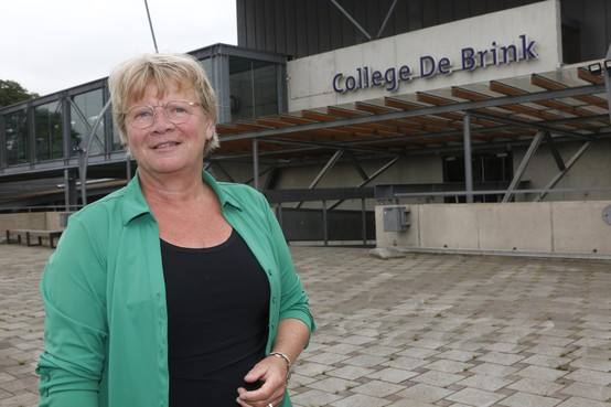 In de rij voor een plekje op vmbo-kader College de Brink in Laren: 'Dit is het dramatische gevolg van te hoge schooladviezen'
