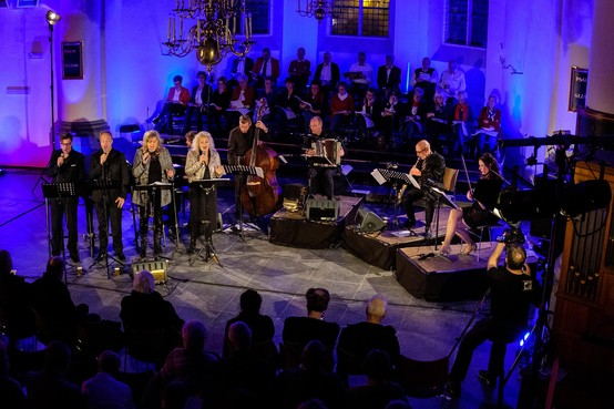 Muzikale voorstelling MISSA in Petrakerk IJmuiden [video]