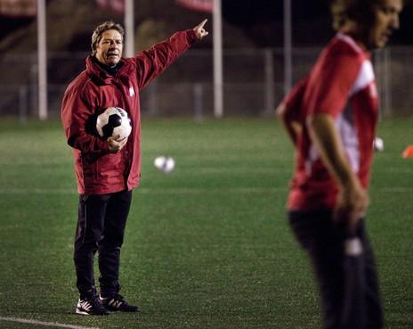 DIOS schrapt compleet programma om overlijden hoofdtrainer Dave Lange