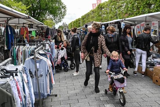 Lappendag: Spanbroek epicentrum van niet te missen koopjes