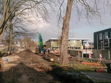 Van het lommerrijke laantje in Overveen zijn nog drie bomen over